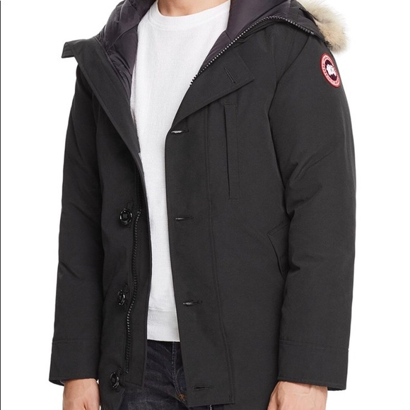 45607b29b40f Canada Goose Other - Canada Goose Chateau Parka with Fur Hood - Men s